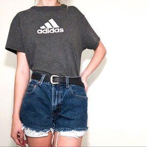 ✭Grey Adidas vintage T-shirt ✭
